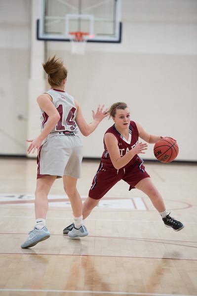 1/25/17: Girls' Varsity Basketball v Loomis Chaffee