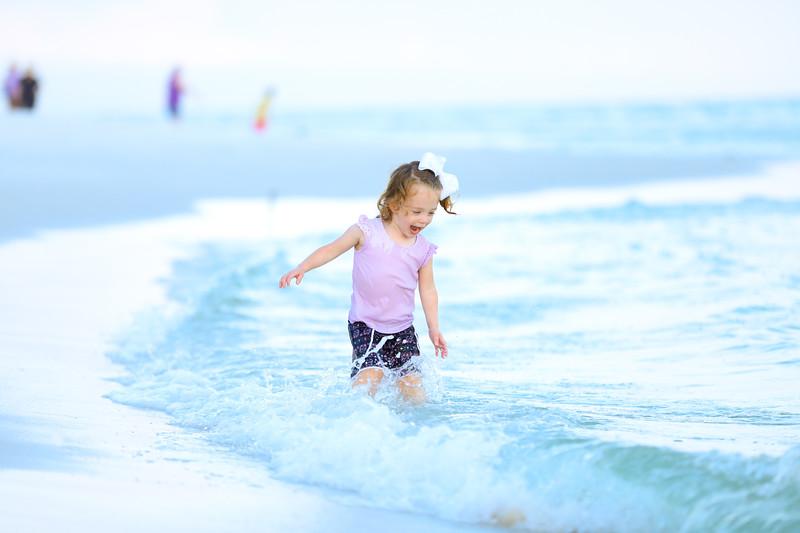 Harper at the beach-32.jpg