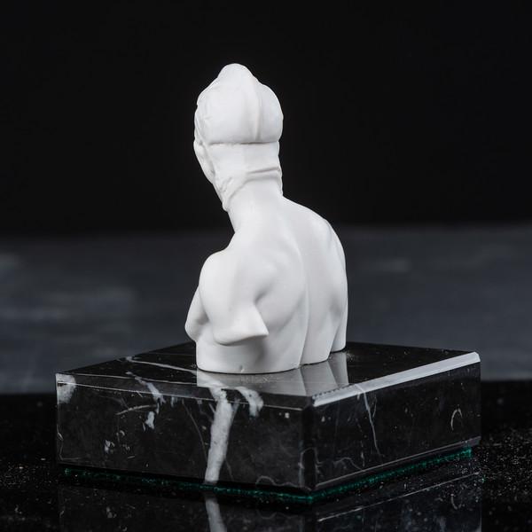 Statue-7-512.jpg