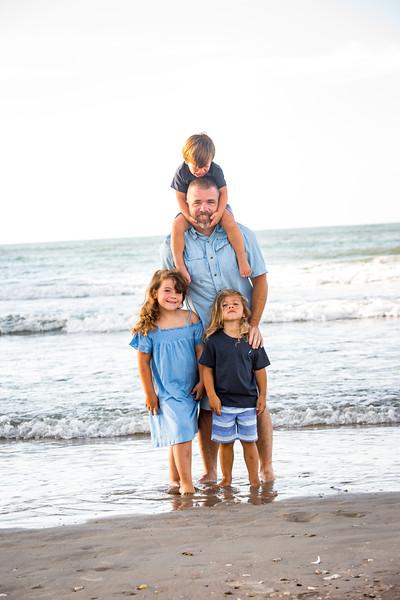 Family beach photos-59.jpg
