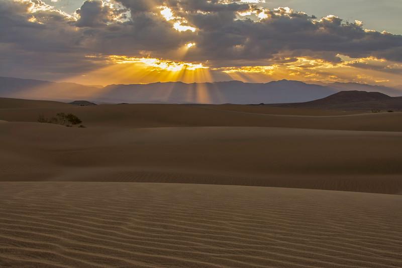 Death Valley Early Sunrise.jpg