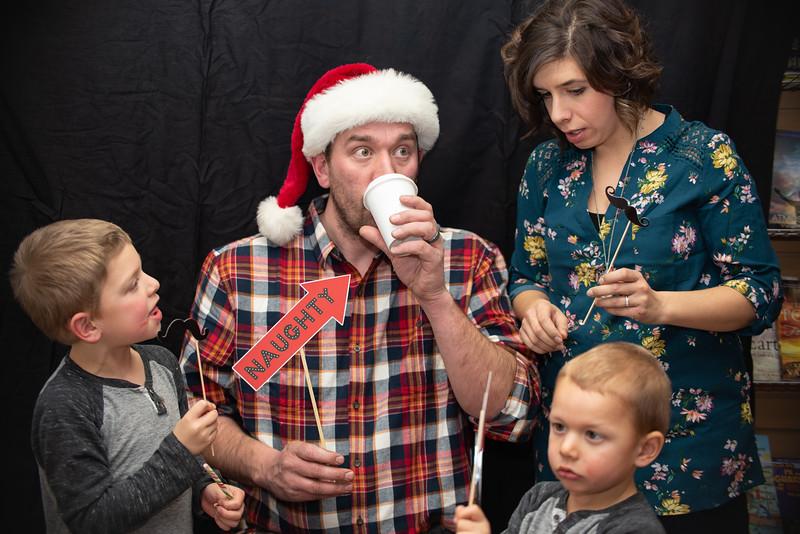 2018 HOH Christmas Booth (38).jpg