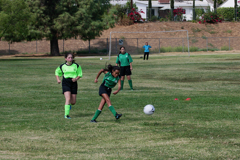 Soccer2011-09-17 11-24-48.JPG