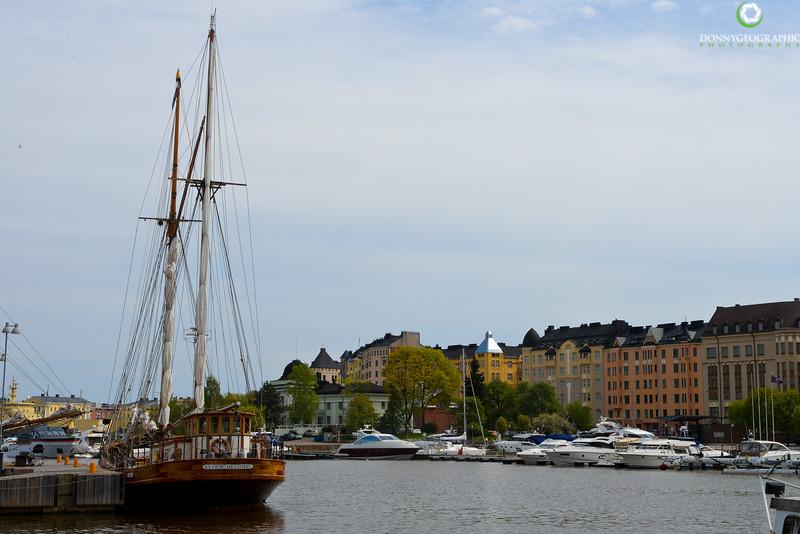 Helsinki waterfront 2.jpg