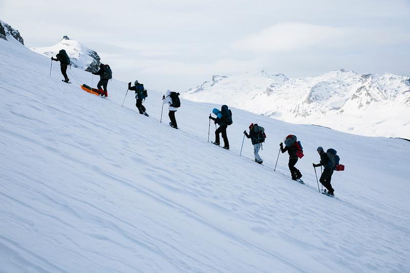 200124_Schneeschuhtour Engstligenalp_web-379.jpg