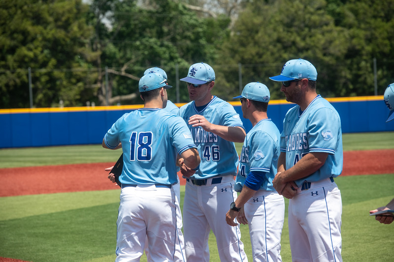 05_18_19_baseball_senior_day-9702.jpg