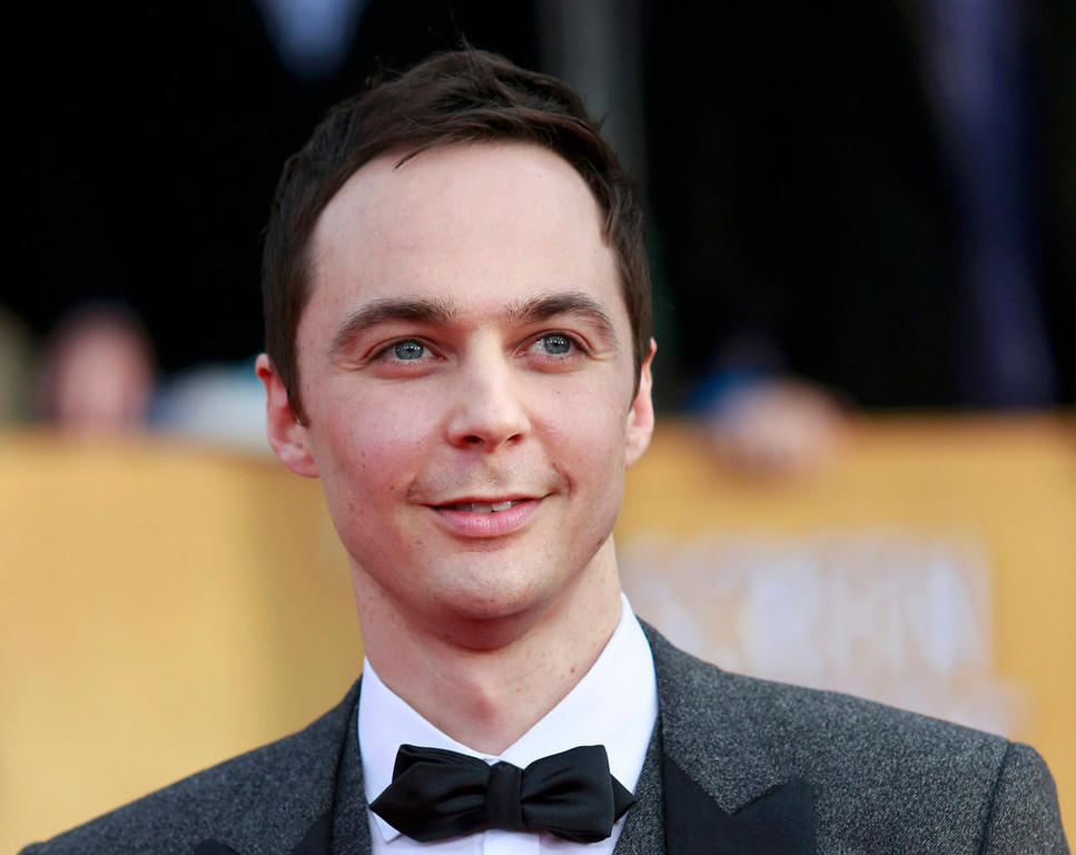 """. Actor Jim Parsons of the TV comedy \""""The Big Bang Theory\"""" arrives at the 19th annual Screen Actors Guild Awards in Los Angeles, California January 27, 2013.  REUTERS/Adrees Latif"""