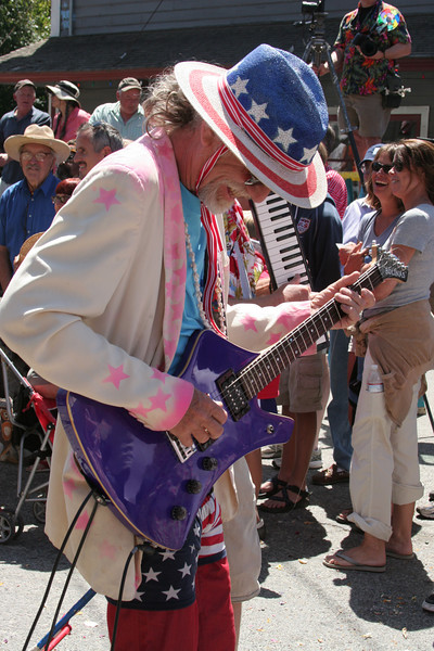 Bolinas 4th of July Pull and Parades - History