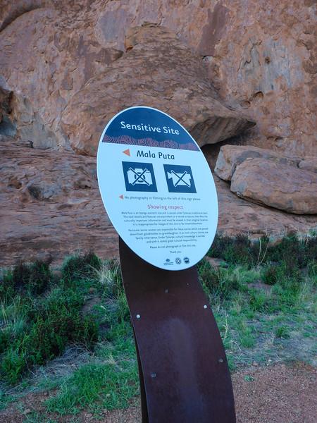 04. Uluru (Ayers Rock)-0174.jpg