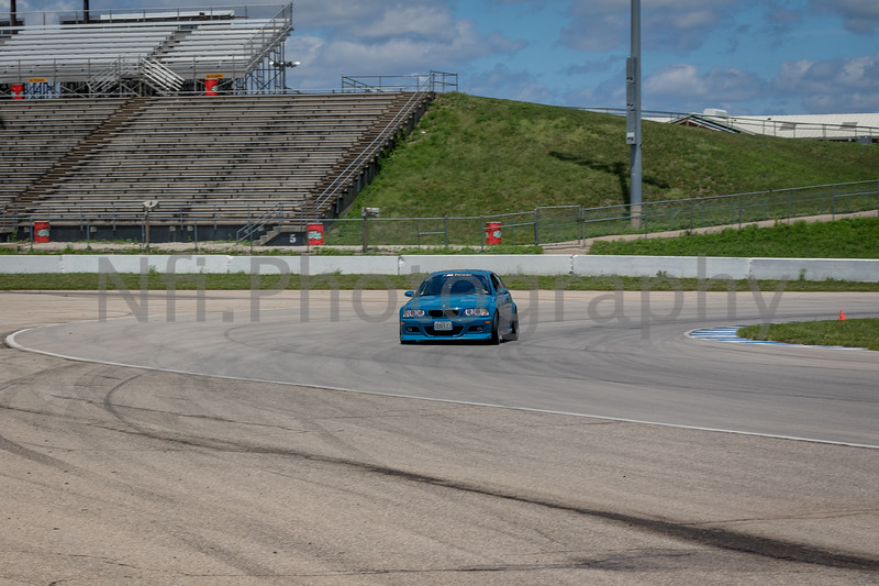 Flat Out Group 1-323.jpg
