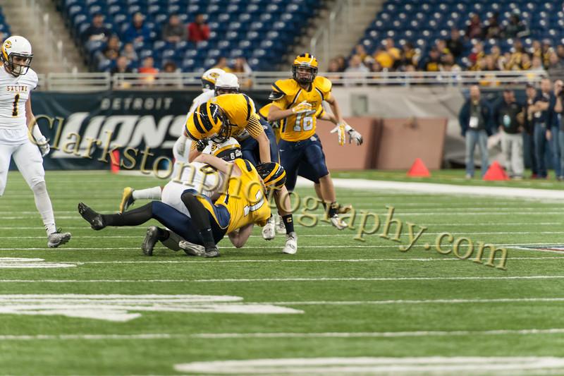 2014 Clarkston Varsity Football vs. Saline 111.jpg