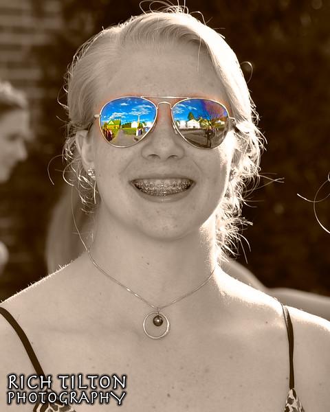 taylorglasses.jpg