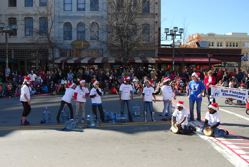 Parade 1251.jpg