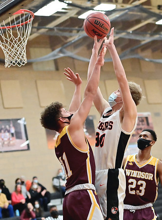 Boys basketball: Erie wins Northern League battle of top teams, beats Windsor at home