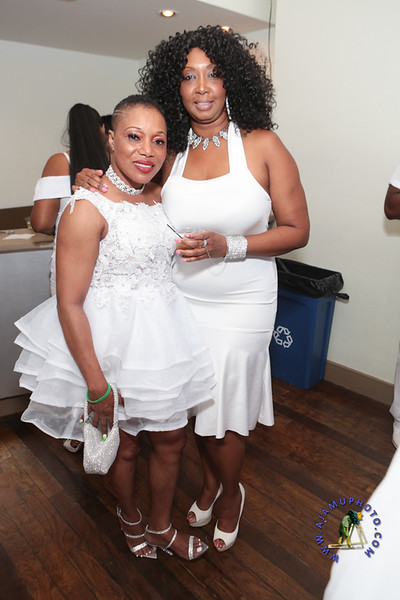 SHERRY SOUTHE WHITE PARTY  2019 re-168.jpg