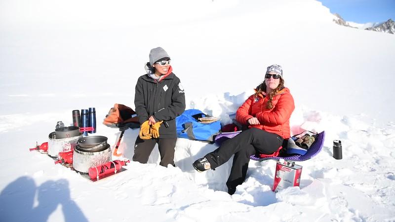 Climb Antarctica Women -1-11-18100397.MOV