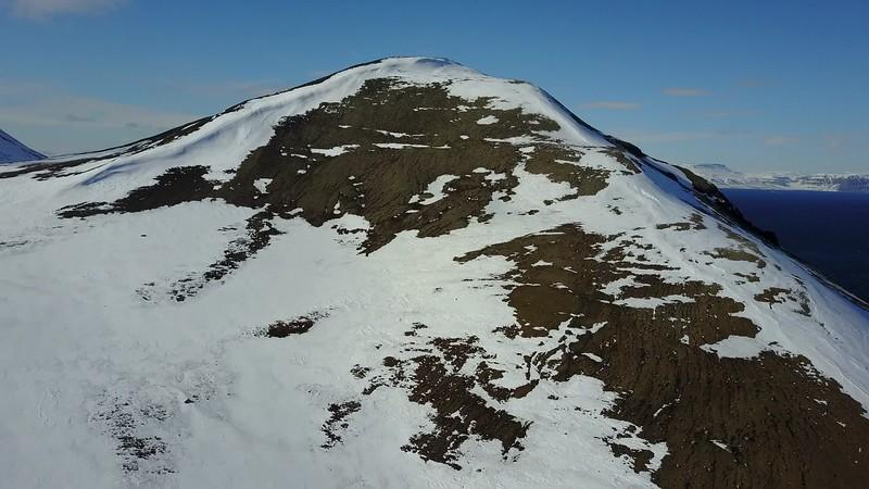 5-22-17013595longyearbyen.MOV