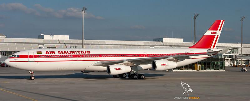 3B-NAU_AirMauritius_A340-300_MG_2857_AM_Small.jpg