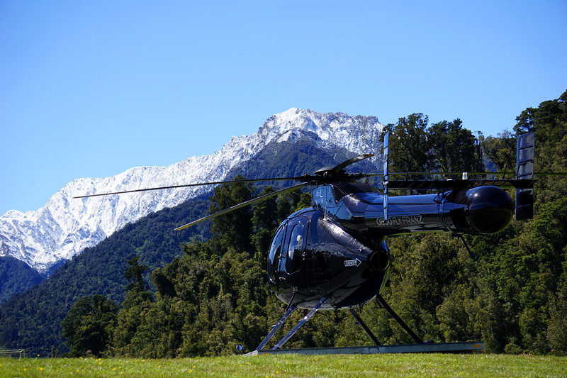 MD520 Glacier Country Helicopters.jpg