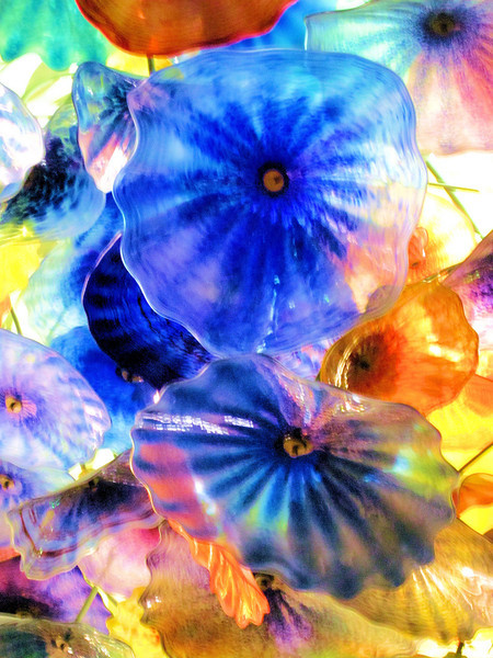Glass flowers on the ceiling of the Bellagio.jpg