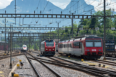 Diesel powered track measurement unit approaches Arth Goldau from the South