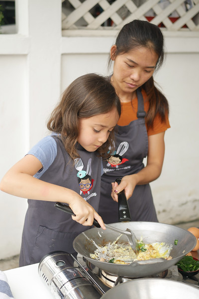 kids and family cooking class bangkok-2.jpg