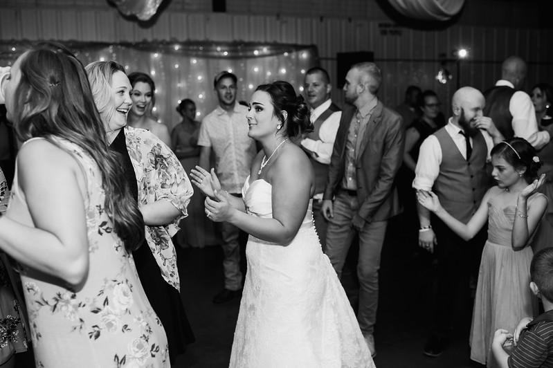Wheeles Wedding  8.5.2017 02809.jpg