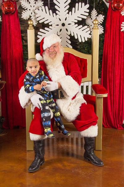 Santa 12-16-17-137.jpg