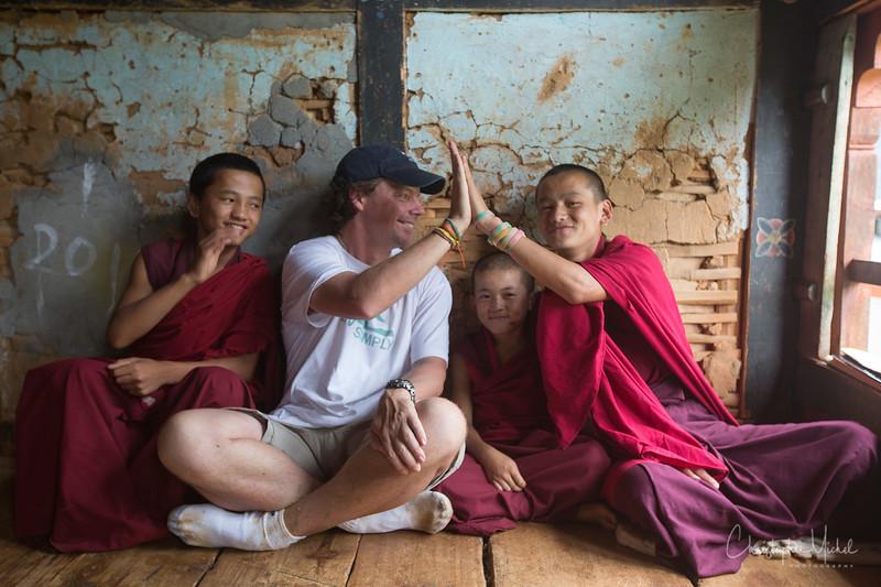punakha-dzong_chorten-nebu_20120917_9055.jpg