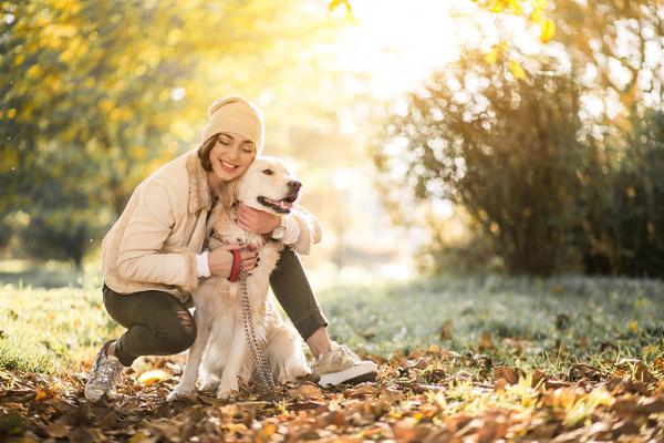 girl-with-dog_1303-4586.jpg
