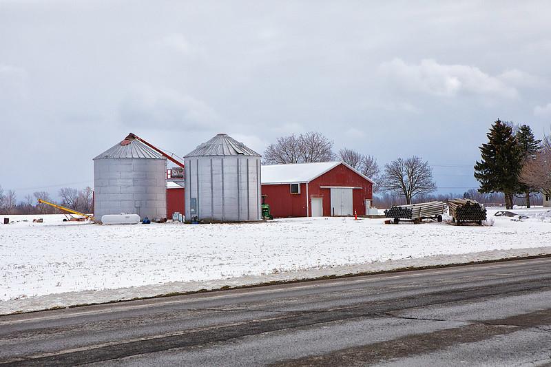 barns, snow-7238.jpg