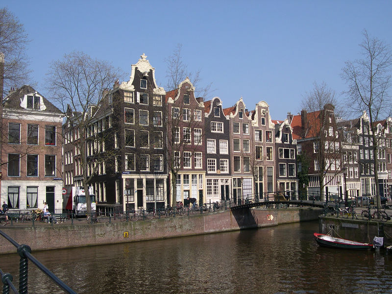 More Amsterdam architecture