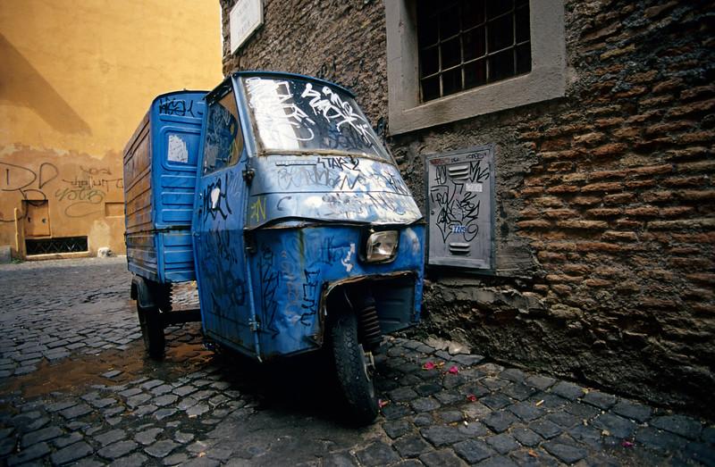 Three-wheeler, Trastevere