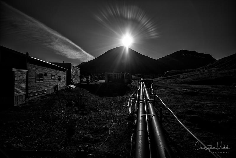 9-10-16189661longyearbyen.jpg