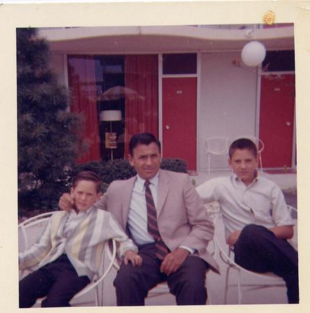 Tony_Dad_Peter_Marriott_August_1964.jpg