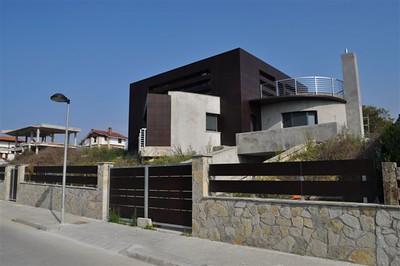Parklex- House in Barika, Spain