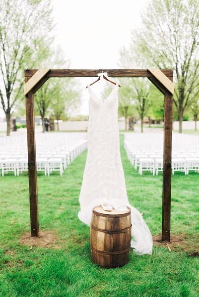 jamie-matt-wedding-at-packard-proving-grounds-intrigue-photography--12.jpg
