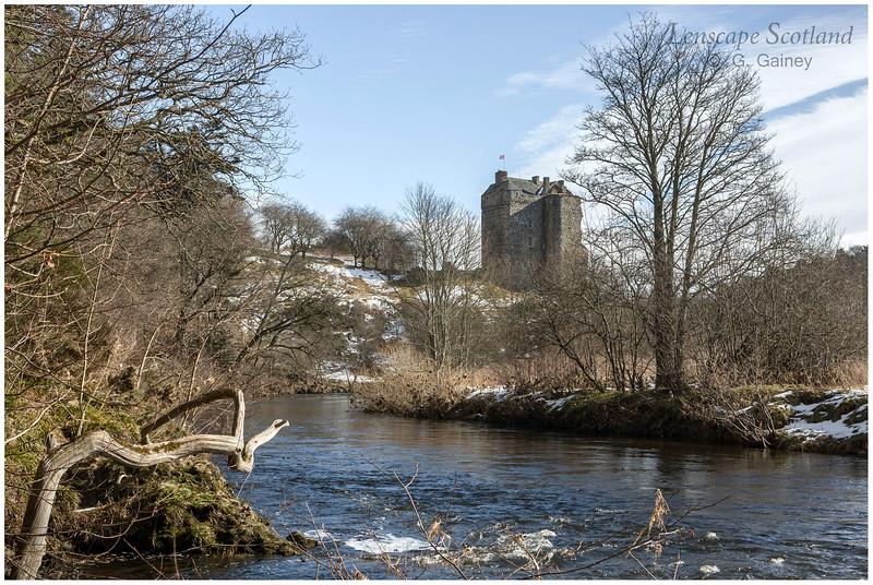 Neidpath Castle and River Tweed near Peebles (1)
