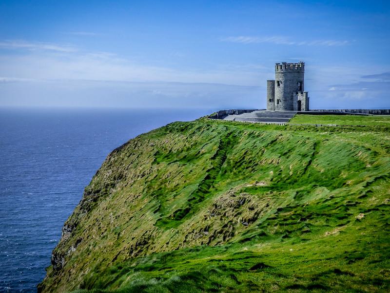 CastleatCliffs.jpg