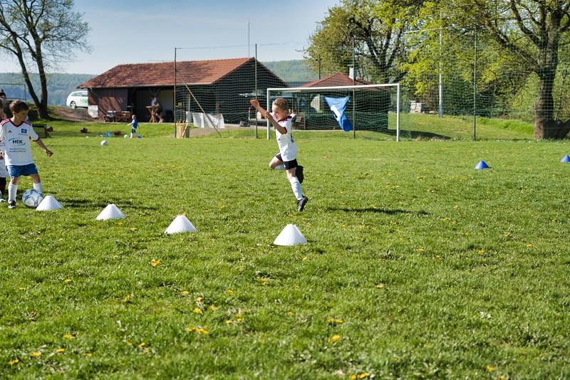 hsv-fussballschule---wochendendcamp-hannm-am-22-und-23042019-u35_32787655897_o.jpg