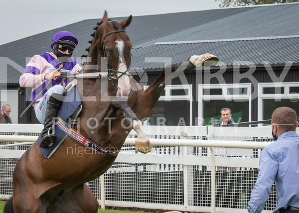 Uttoxeter Races - Wed 02 Sept 2020