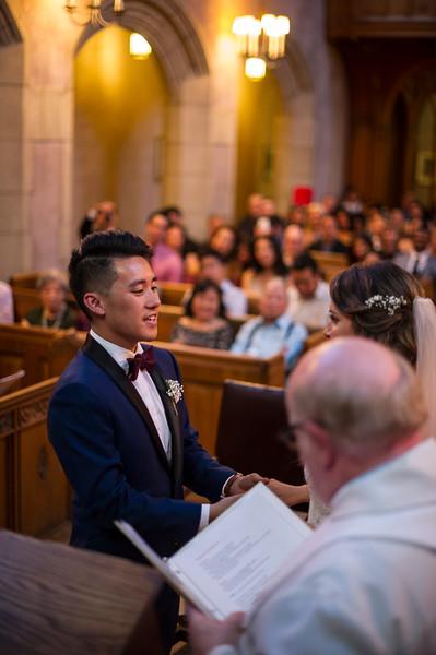 Montreal_Wedding_Photographer_Montreal_Quebec_Lindsay_Muciy_Photography_L&V_CER_17.JPG