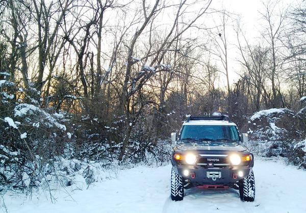 FJ Cruiser in the snow