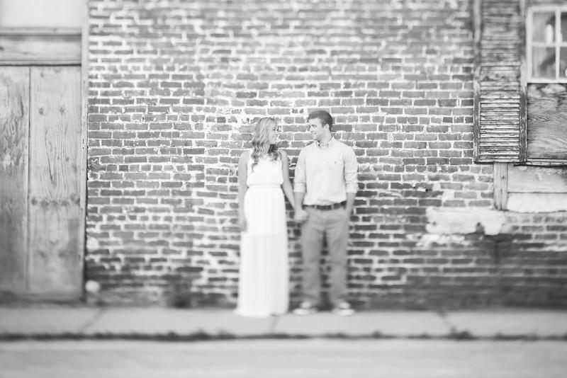 014_Martin+Victoria_EngagementBW.jpg