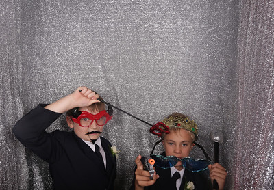 Wedding of Rachel & Andrew Photobooth Photos
