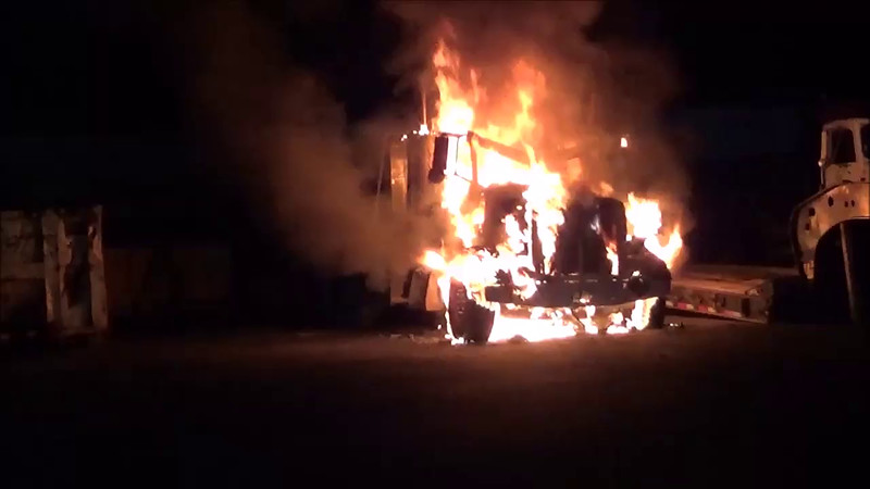 Brentwood Vehicle Fire 08-19-2016.mp4