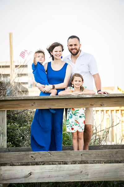 Topsail Island Family Photos-90.jpg