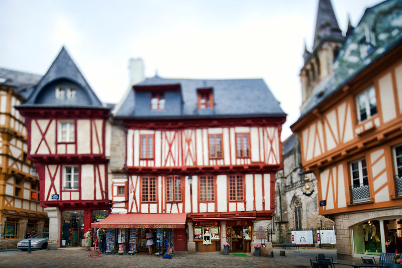 Henry IV square, town of Vannes, departament de Morbihan, Brittany, France. Tilted lens used for shallower depth of field