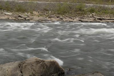 24676 Chris Plein fly fishing on Cheat River