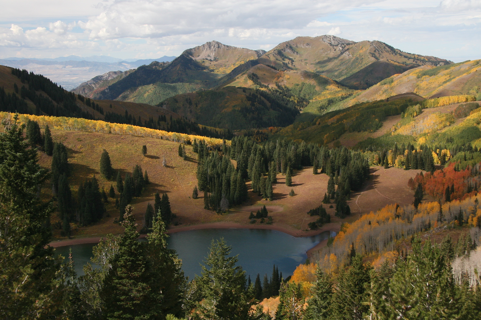 Breathtaking shot of Lake Desolation from the Wasatch Crest Trail.